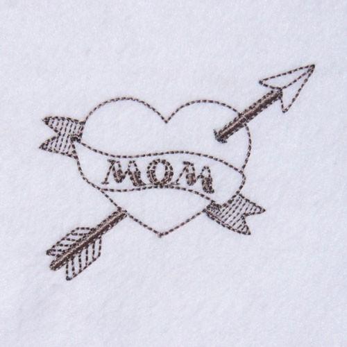 Broderie machine tatouage cœur